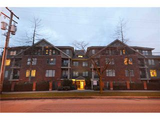 "Photo 10: 204 929 W 16TH Avenue in Vancouver: Fairview VW Condo for sale in ""OAKVIEW GARDENS"" (Vancouver West)  : MLS®# V938331"