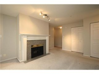 """Photo 2: 307 511 W 7TH Avenue in Vancouver: Fairview VW Condo for sale in """"Beverly Gardens"""" (Vancouver West)  : MLS®# V967522"""