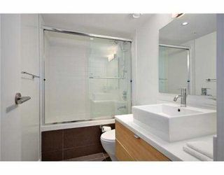 Photo 8: 1060 CARDERO Street in Vancouver: West End VW Townhouse for sale (Vancouver West)  : MLS®# V969678