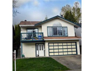 Photo 3: 22525 BRICKWOOD Close in Maple Ridge: East Central House for sale : MLS®# V1003230