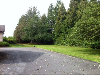 "Photo 3: 13063 HARRIS Road in Pitt Meadows: North Meadows House for sale in ""NORTH PITT MEADOWS"" : MLS®# V1028582"