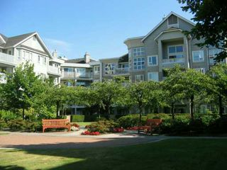 "Photo 7: 217 5888 DOVER CR in Richmond: Riverdale RI Condo for sale in ""PELICAN POINT"" : MLS®# V604753"