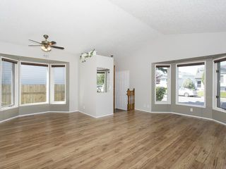 Photo 2: 56 MILLCREST Road SW in Calgary: Millrise Residential Detached Single Family for sale : MLS®# C3632719