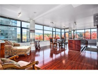 Photo 2: 300 1863 Alberni Street in Vancouver West: West End VW Condo for sale : MLS®# V1062038