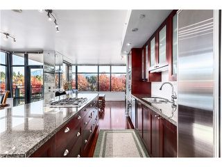 Photo 5: 300 1863 Alberni Street in Vancouver West: West End VW Condo for sale : MLS®# V1062038
