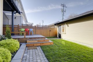 Photo 4: 425 W 16TH AV in Vancouver: Mount Pleasant VW House 1/2 Duplex for sale (Vancouver West)  : MLS®# V1122610