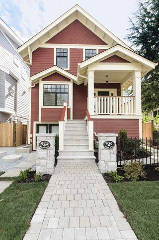 Main Photo: 930 W 15TH AVENUE in Vancouver: Fairview VW Townhouse for sale (Vancouver West)  : MLS®# R2001282