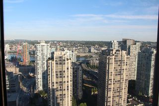 Photo 1:  in Vancouver: Yaletown Condo for rent (Vancouver West)  : MLS®# AR014