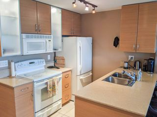Photo 7:  in Vancouver: Yaletown Condo for rent (Vancouver West)  : MLS®# AR014
