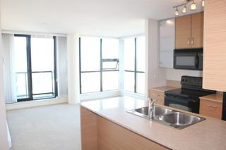Photo 4:  in Vancouver: Yaletown Condo for rent (Vancouver West)  : MLS®# AR014