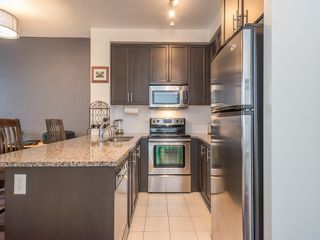 Photo 8: 9245 Jane St. Vaughan: Maple Condo for sale