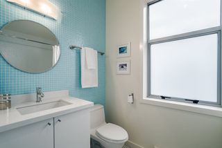 Photo 13: 404 E 10TH AVENUE in Vancouver: Mount Pleasant VE House 1/2 Duplex for sale (Vancouver East)  : MLS®# R2244981