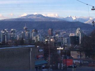 Photo 14: 404 E 10TH AVENUE in Vancouver: Mount Pleasant VE House 1/2 Duplex for sale (Vancouver East)  : MLS®# R2244981