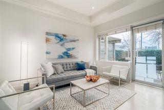 Photo 2: 404 E 10TH AVENUE in Vancouver: Mount Pleasant VE House 1/2 Duplex for sale (Vancouver East)  : MLS®# R2244981