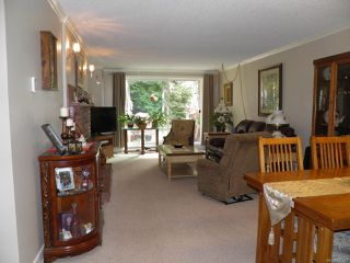 Photo 5: 102A 2250 Manor Pl in COMOX: CV Comox (Town of) Condo for sale (Comox Valley)  : MLS®# 823177