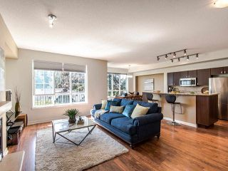 Photo 2: 128 2200 PANORAMA DRIVE in Port Moody: Heritage Woods PM Townhouse for sale : MLS®# R2403790
