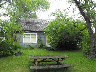 Photo 1: 5114 51 Avenue: Elk Point House for sale : MLS®# E4192311