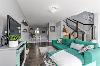 Photo 3: 10510 153 Street in Edmonton: Zone 21 House Half Duplex for sale : MLS®# E4193945