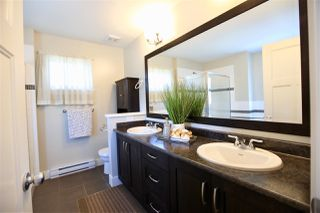 Photo 12: 7767 170 Street in Surrey: Fleetwood Tynehead House for sale : MLS®# R2457472