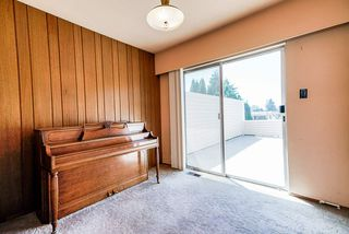 "Photo 17: 6541 SUMAS Drive in Burnaby: Parkcrest House for sale in ""Parkcrest"" (Burnaby North)  : MLS®# R2483093"