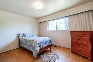 "Photo 25: 6541 SUMAS Drive in Burnaby: Parkcrest House for sale in ""Parkcrest"" (Burnaby North)  : MLS®# R2483093"
