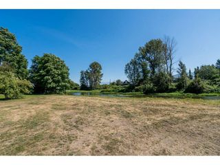 Photo 32: 40160 SOUTH PARALLEL Road in Abbotsford: Sumas Prairie Manufactured Home for sale : MLS®# R2487480