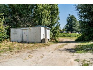 Photo 33: 40160 SOUTH PARALLEL Road in Abbotsford: Sumas Prairie Manufactured Home for sale : MLS®# R2487480