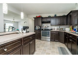 Photo 9: 40160 SOUTH PARALLEL Road in Abbotsford: Sumas Prairie Manufactured Home for sale : MLS®# R2487480