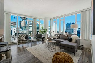 Main Photo: 910 610 GRANVILLE Street in Vancouver: Downtown VW Condo for sale (Vancouver West)  : MLS®# R2504552