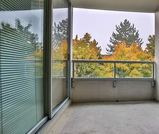 "Photo 16: 404 15030 101 Avenue in Surrey: Guildford Condo for sale in ""Guilford Marquis"" (North Surrey)  : MLS®# R2513068"