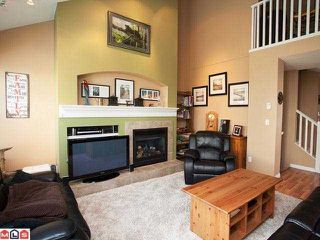 """Photo 4: 62 17097 64TH Avenue in Surrey: Cloverdale BC Townhouse for sale in """"KENTUCKY"""" (Cloverdale)  : MLS®# F1212337"""
