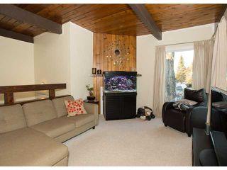 Photo 6: 86 QUEEN ALEXANDRA Close SE in CALGARY: Queensland Townhouse for sale (Calgary)  : MLS®# C3554495