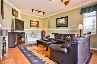 Photo 8: 3747 BRACEWELL Court in Port Coquitlam: Oxford Heights House for sale : MLS®# V994822