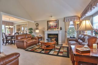 Photo 2: 3747 BRACEWELL Court in Port Coquitlam: Oxford Heights House for sale : MLS®# V994822