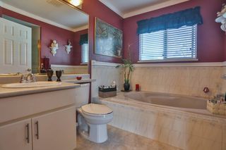 Photo 10: 3747 BRACEWELL Court in Port Coquitlam: Oxford Heights House for sale : MLS®# V994822