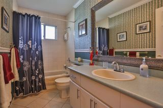 Photo 5: 3747 BRACEWELL Court in Port Coquitlam: Oxford Heights House for sale : MLS®# V994822
