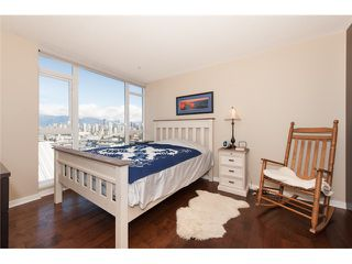 Photo 6: # 905 1650 W 7TH AV in Vancouver: Fairview VW Condo for sale (Vancouver West)  : MLS®# V996225