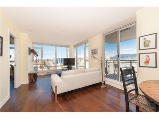 Photo 8: # 905 1650 W 7TH AV in Vancouver: Fairview VW Condo for sale (Vancouver West)  : MLS®# V996225