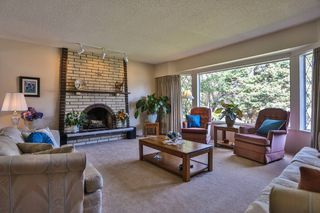 "Photo 2: 868 HEMLOCK Crescent in Port Coquitlam: Lincoln Park PQ House for sale in ""SUN VALLEY"" : MLS®# V997321"