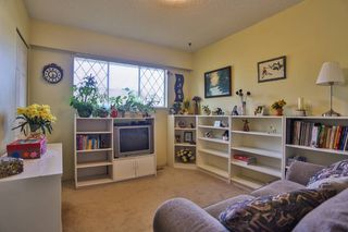 "Photo 10: 868 HEMLOCK Crescent in Port Coquitlam: Lincoln Park PQ House for sale in ""SUN VALLEY"" : MLS®# V997321"