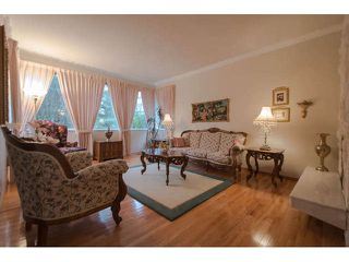 Photo 3: 16023 10TH AV in Surrey: King George Corridor House for sale (South Surrey White Rock)  : MLS®# F1432760
