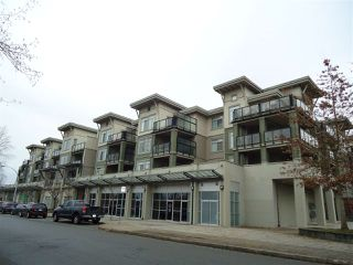 Photo 1: 211 10180 153 STREET in Surrey: Guildford Condo for sale (North Surrey)  : MLS®# R2024981