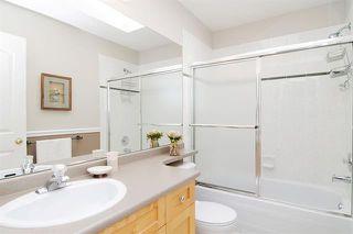 Photo 11: Maple Ridge: Condo for sale : MLS®# R2065073