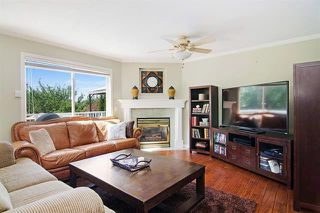 Photo 4: Maple Ridge: Condo for sale : MLS®# R2065073