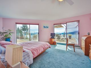 Photo 15: 242 BAYVIEW ROAD in West Vancouver: Lions Bay House for sale : MLS®# R2083072