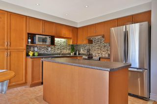 Photo 9: 489 Ravineview Way in : 1018 - WC Wedgewood Creek FRH for sale (Oakville)  : MLS®# OM2090608