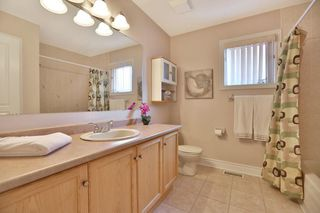 Photo 7: 489 Ravineview Way in : 1018 - WC Wedgewood Creek FRH for sale (Oakville)  : MLS®# OM2090608