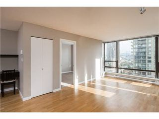 Photo 6: : Burnaby Condo for rent : MLS®# AR103