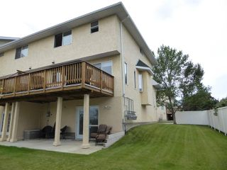 Photo 3: 11 2419 133 Avenue NW in Edmonton: Zone 35 Townhouse for sale : MLS®# E4168871