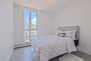 Photo 14: 1602 1201 MARINASIDE Crescent in Vancouver: Yaletown Condo for sale (Vancouver West)  : MLS®# R2401995